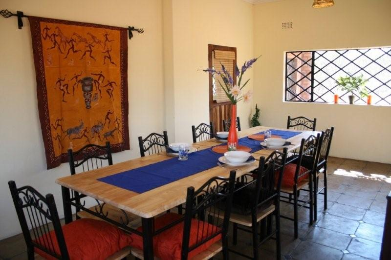 Bongwe Livingstone Accommodation Dining Room