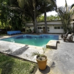 Bongwe-Lusaka-Accommodation-pool-view