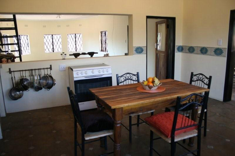 Bongwe Livingstone Accommodation Kitchen