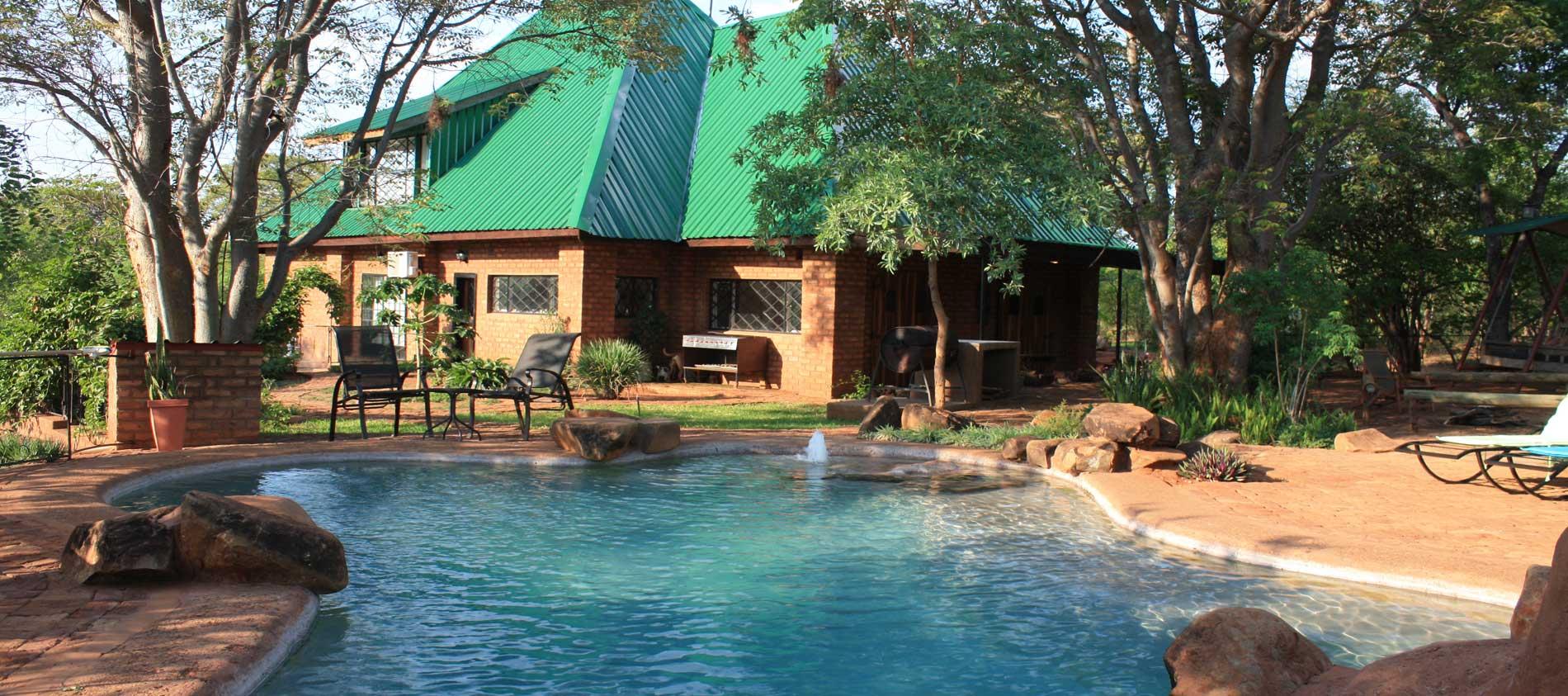 bongwe-livingstone-accommodation-header