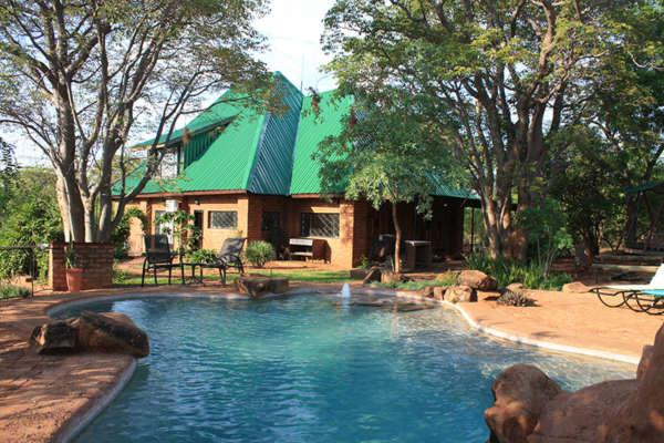 Bongwe House Livingstone accommodation